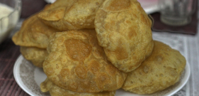 Fried Puffy Poori