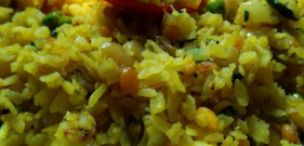 poha Maharashtrian breakfast